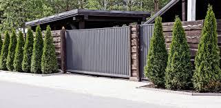Comment choisir sa clôture en fonction de son portail ?