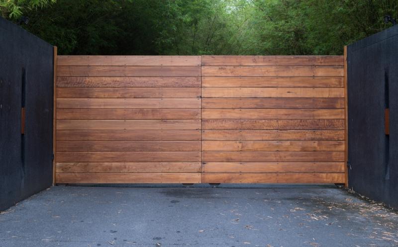 Qu'en est-il de la durabilité des portails en bois ?