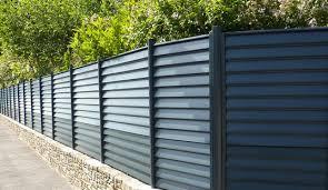 Les formalités administratives à respecter avant d'ériger une clôture